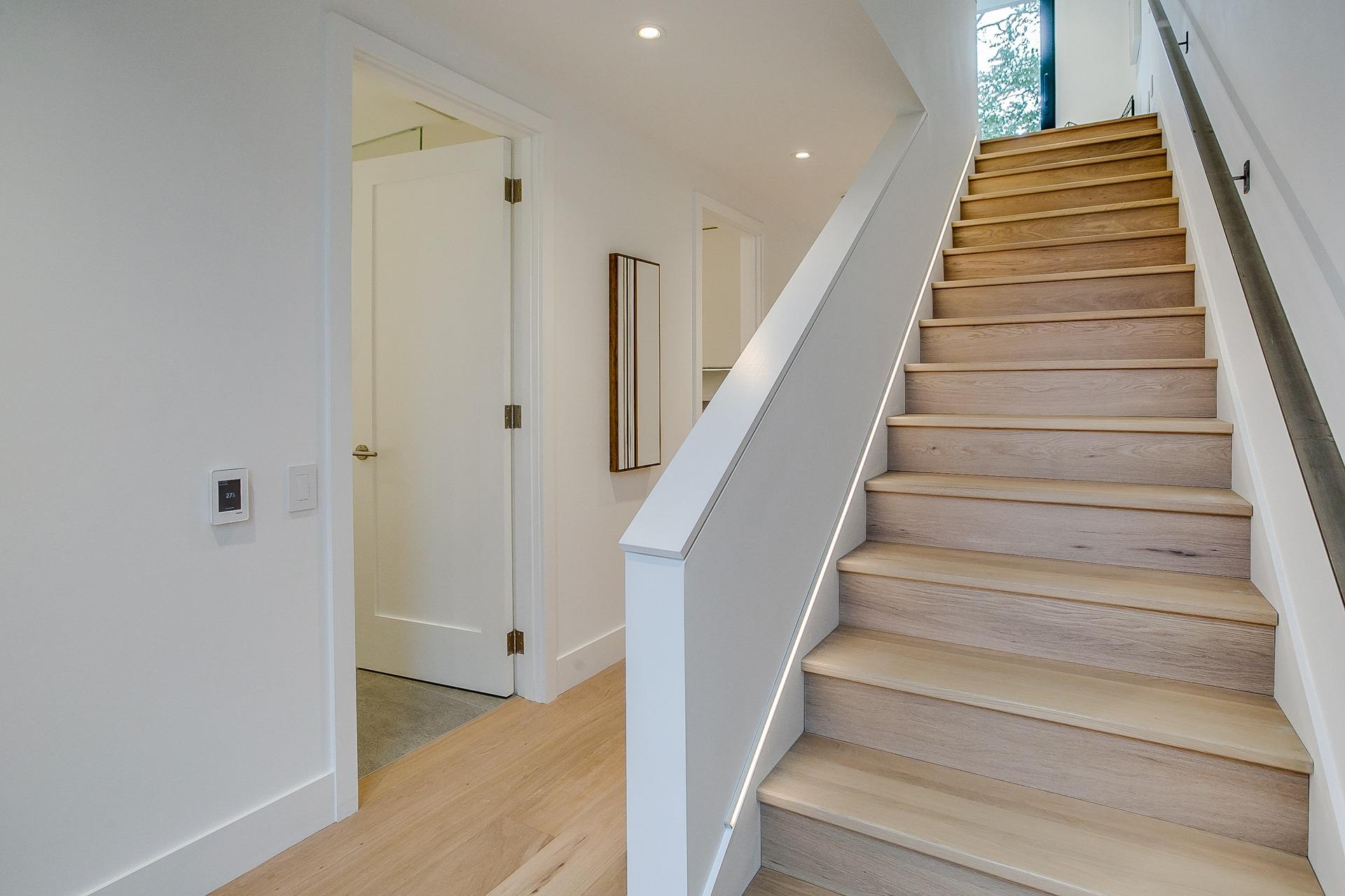Upper Hallway1