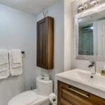 33_1stbathroom11