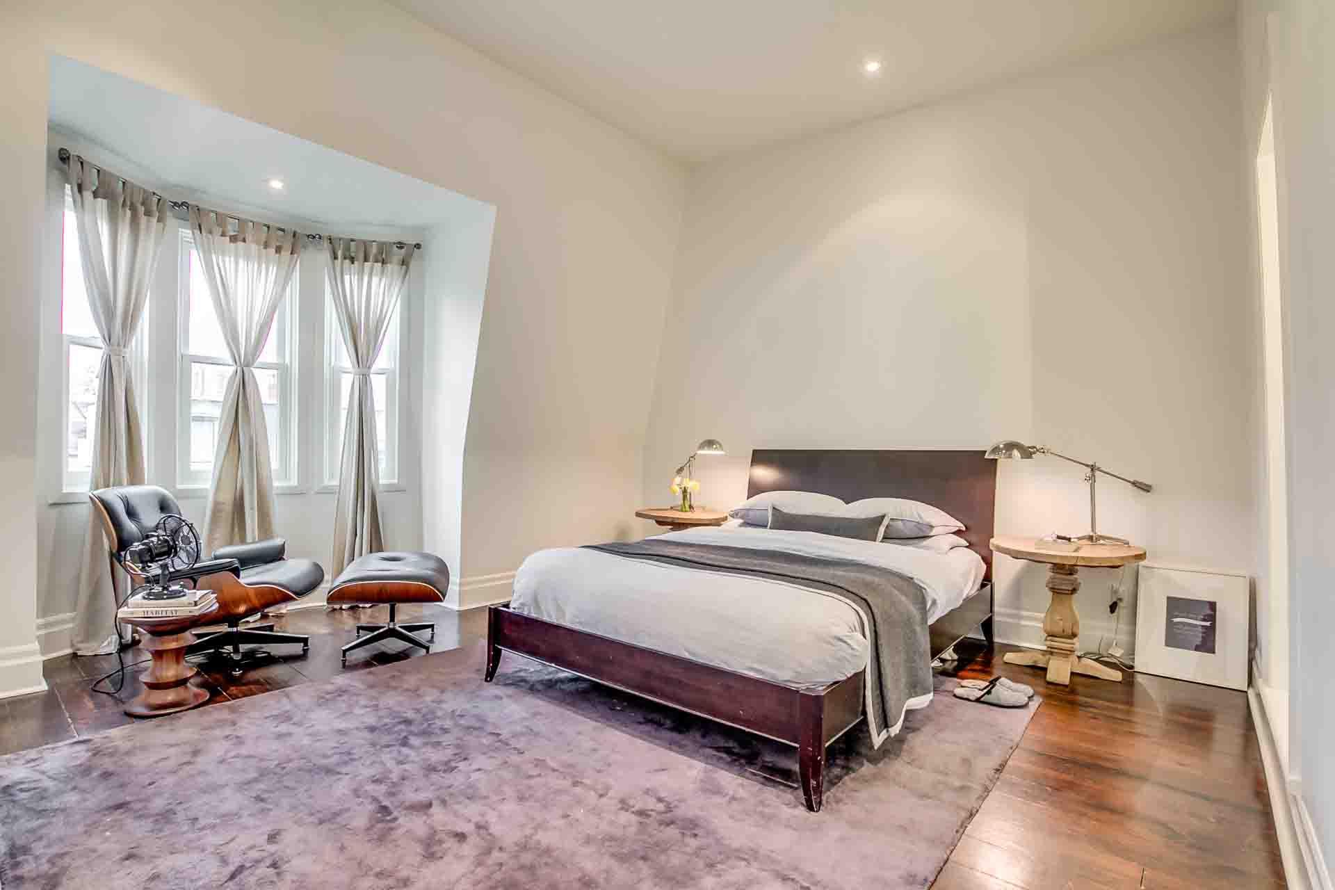 31_master_bedroom1