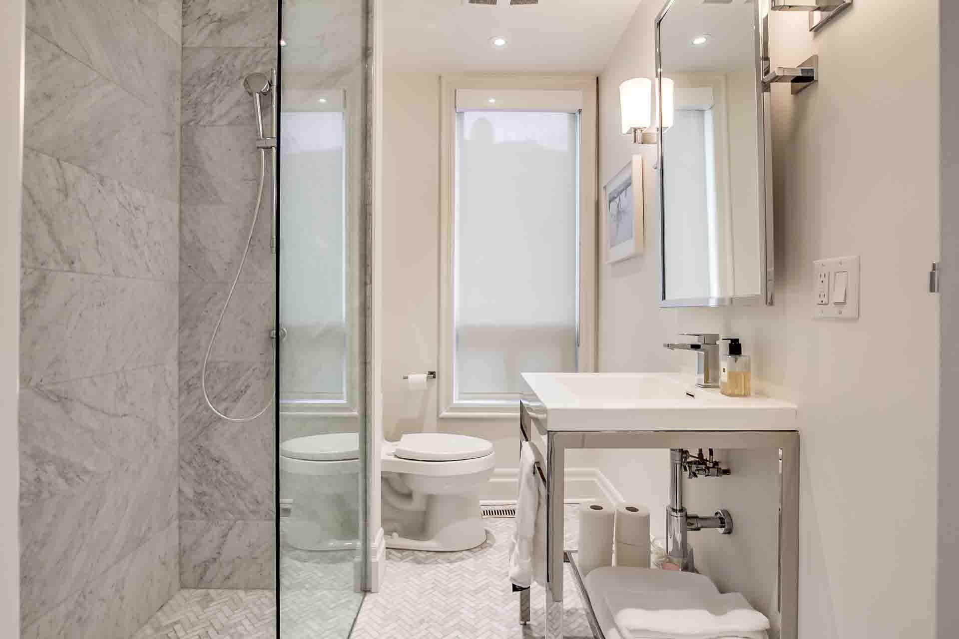 42_bathroom1
